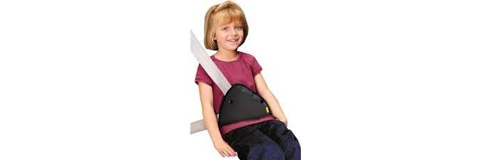 Els-menors-que-mesurin-menys-d135-metres-no-podran-viatjar-en-el-seient-davanter-del-cotxe