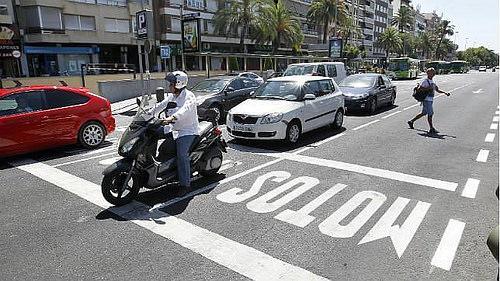 La-majoria-dels-cotxes-ja-respecten-els-passos-avanats-per-a-motocicletes